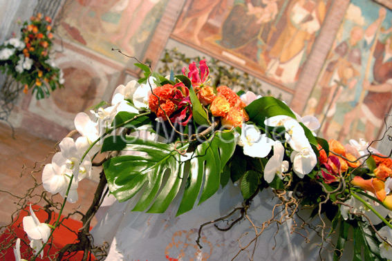 Flower Decorations For Church Weddings And Civil